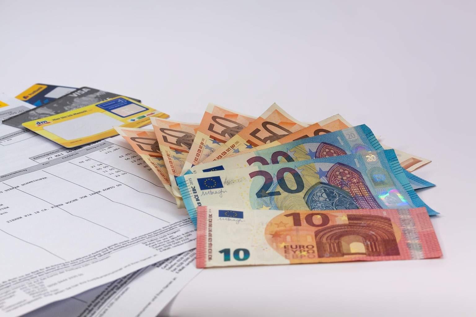 fattura-soldi-money