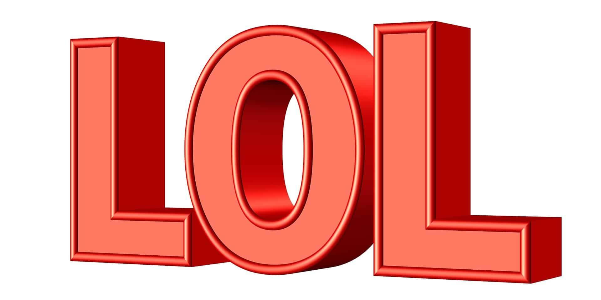 Che cosa significa lol cosa vuol dire imho, rotfl, lmao, afk, omg, troll, nerd, geek e altre