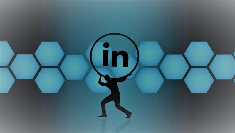 Consulente LinkedIn accedi, cos'è LinkedIn come funziona serve una consulenza aziendale